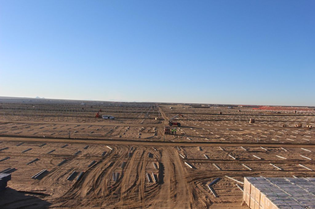 Springbok 1 Solar Farm_North looking South_January_25_2016_08_00am